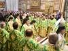 Οἱ Σεβασμιώτατοι Ἀρχιερεῖς καί οἱ Ἱερεῖς εἰς τήν θείαν Λειτουργίαν.