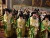 Οἱ Σεβασμιώτατοι Ἀρχιερεῖς καί οἱ Ἱερεῖς ἐνδεδυμένοι εἰς τό Καθολικόν.