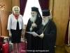 Ὁ Μακαριώτατος παρασημοφορεῖ τήν Πρωθυπουργόν καν Viorica Dăncilă.