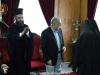 Ὁ Μακαριώτατος παρασημοφορεῖ τόν Δήμαρχον Birzeit Dr. Jawhar Y. Sayej.