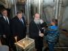 The Minister toured by the Archbishop of Kapitolias in the Holy Aedicule