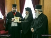 His Beatitude offers an icon of Theotokos Jerusalemite