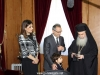 Mr Neophytou offers H.B. the emblem of the Parliament of Cyprus