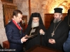 The Patriarch offers Mr Medvedev an icon of the Holy Sepulchre